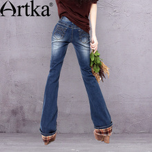Artka Women's Autumn Winter Retro Ethnic Slim Fit All-match Abraded WhitewashedTrumpet Jeans With Plaid Revers KN12529D
