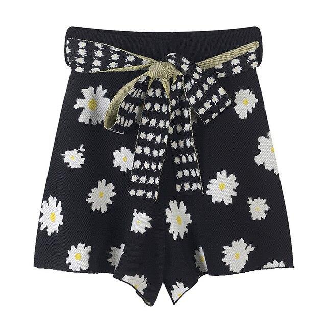 SRUILE Sweet Flower Jacquard Wide legs Shorts 2019 New Summer Blet Bottom Women Shorts High Waist Knit Bow Sashes Shorts Runway