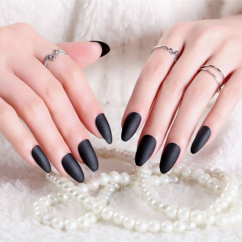 Women Beauty Matte Solid Black Color Fake Nails Full Cover Long Size Nail Art Tips 24pcs Simple Fashion False Nail With Glue