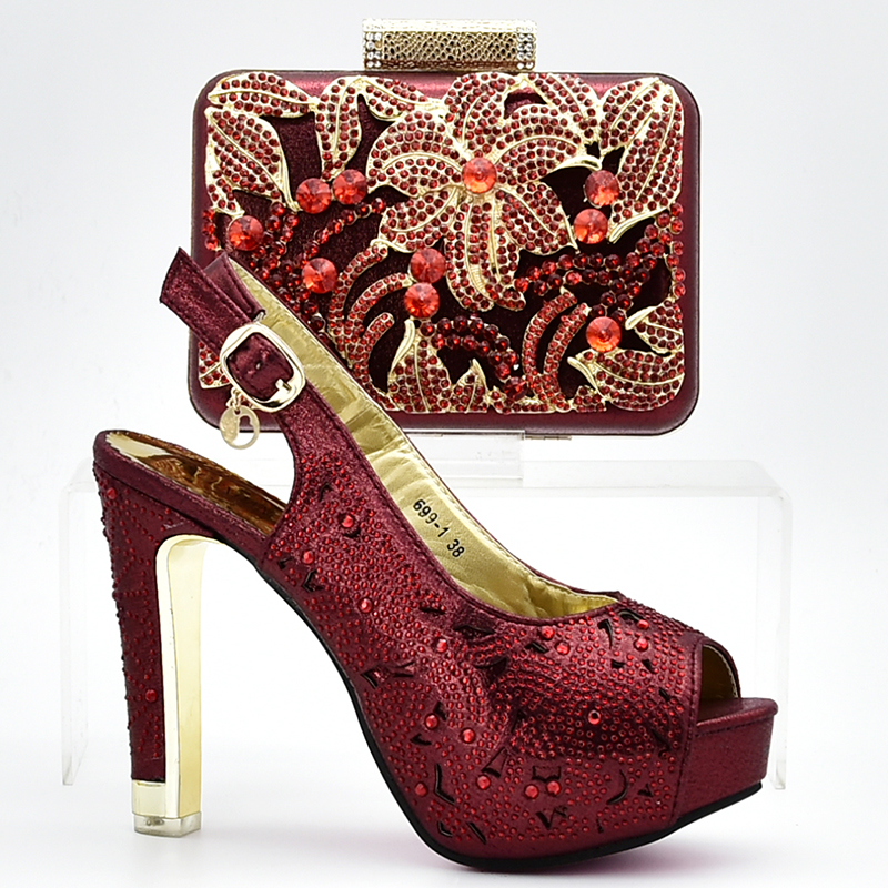 Wine Color Italian Shoe with Matching Bag Set Decorated with Rhinestone African Shoes and Bag Set for Party In Women Italy Shoes doershow african women matching italian red color shoes and bag set decorated with rhinestone italian ladies shoe and bag sab1 2