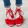 Alta Qualidade Ankle-Wrap Mulheres Sandálias Moda Casual Borla Saltos Quadrado Med Sapatas do Verão Das Mulheres Por Atacado Preto Vermelho Azul bege