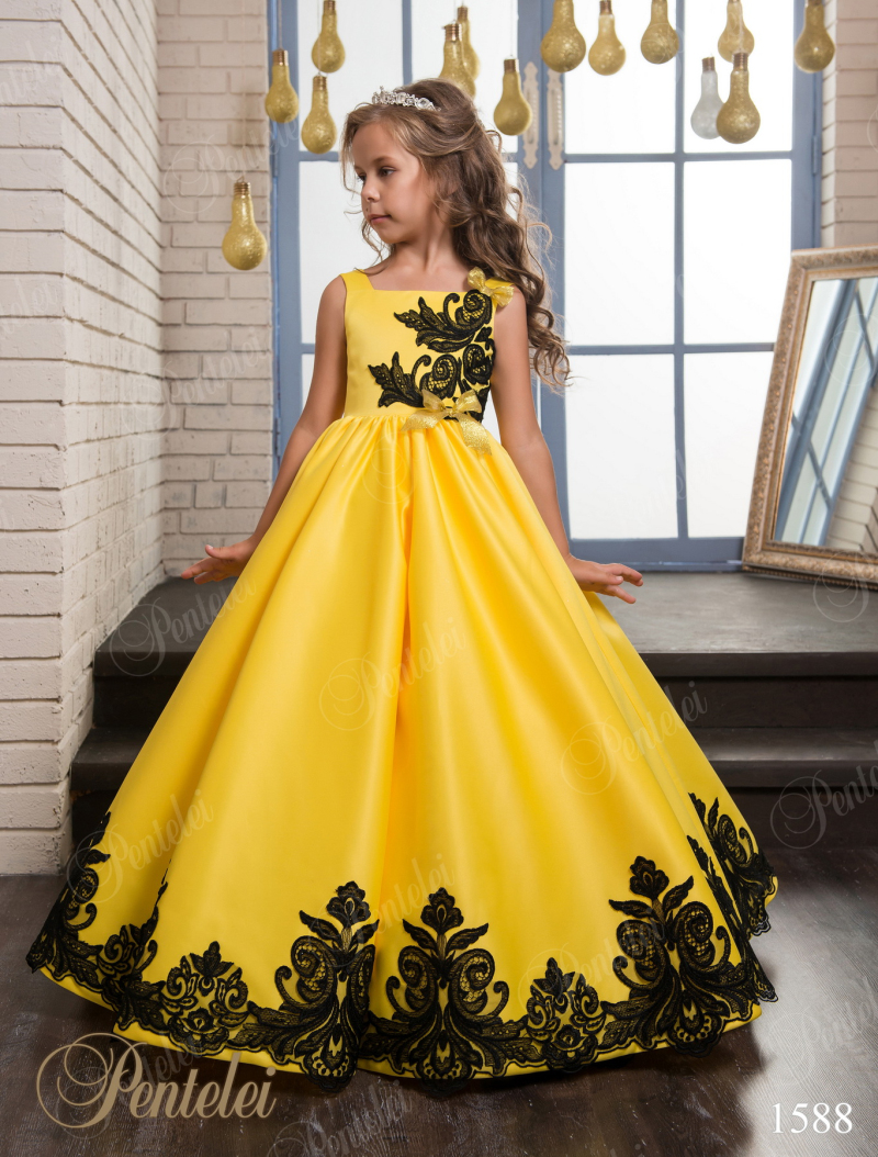 Black dress yellow sash - Little Girls Pageant Dress Princess Ball Gown Lace Yellow Ball Gown Cute Flower Girl Dress 2017 For Weddings With Black Sash F88