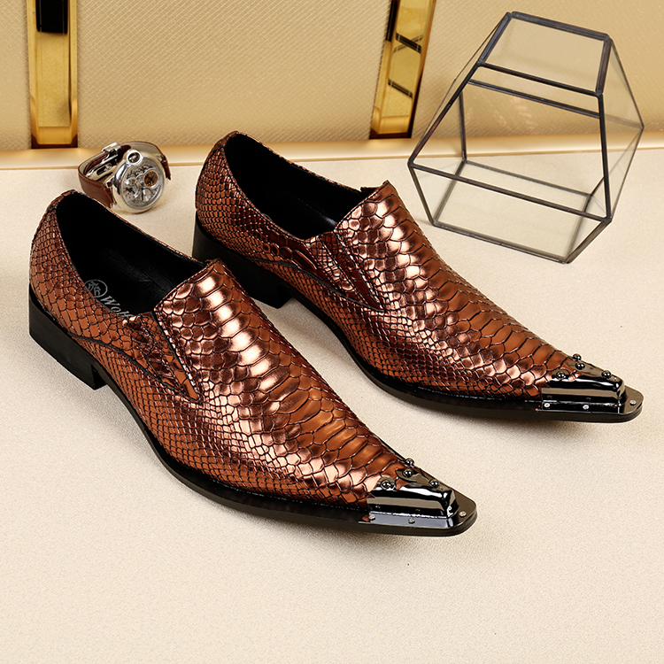 Zapatos Hombre Oxford Brown Retro Decor Men Casual Leather Shoes Stylish Snake Print Slip On Mens Shoes Formal Wedding Flats in Formal Shoes from Shoes