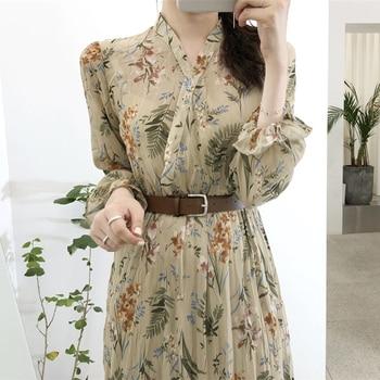 BGTEEVER Elegant V-neck Floral Printed Women Dress Flare Sleeve A-line Female Chiffon Dress 2019 Vintage Women Midi Vestidos 3