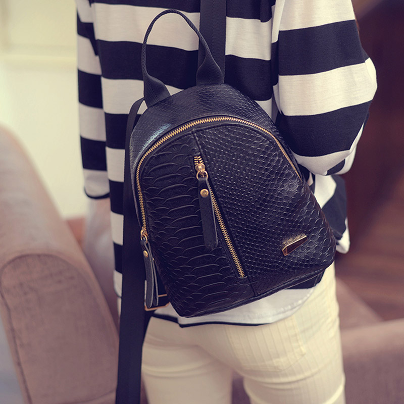 mochila preta serpentina mulheres de Tipo : Women Leather Backpack