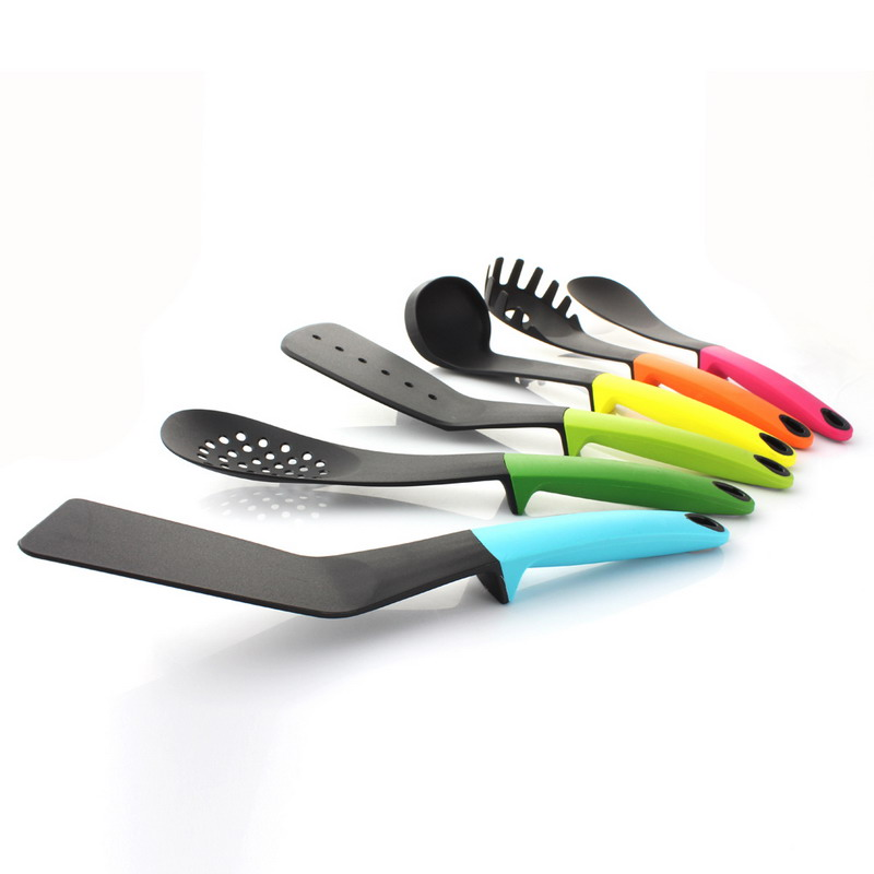 FREE SHIPPING! Lot of 24 Pieces Wide Slotted Spatulas High Heat Nylon