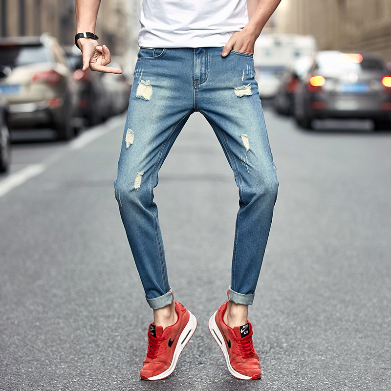 2017 hole jeans male Spring, summer, new youth straight leg Cultivate one's morality type nine minutes of pants