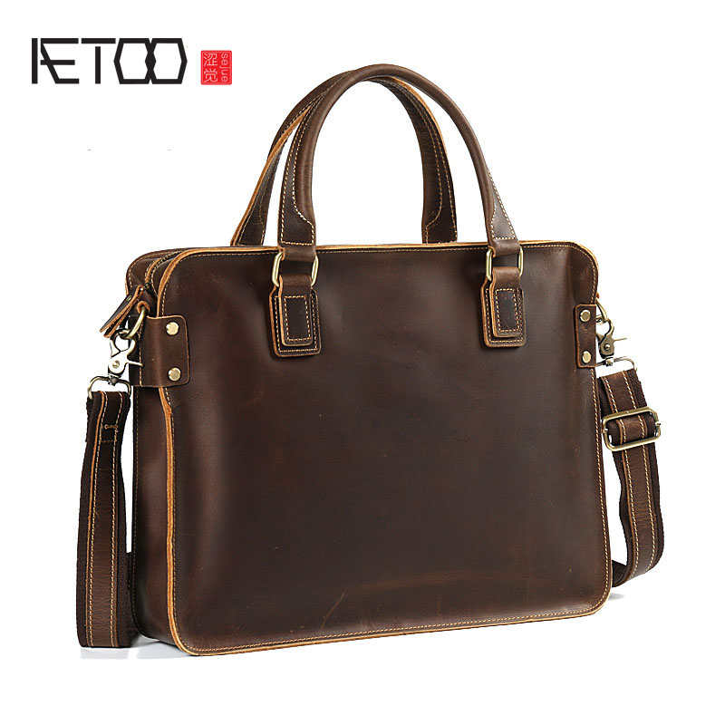 AETOO Retro mad horse leather men's shoulder Messenger bag hand bag head layer leather business leather briefcase the new retro hand brush color bag head layer leather casual bag messenger bags wholesale