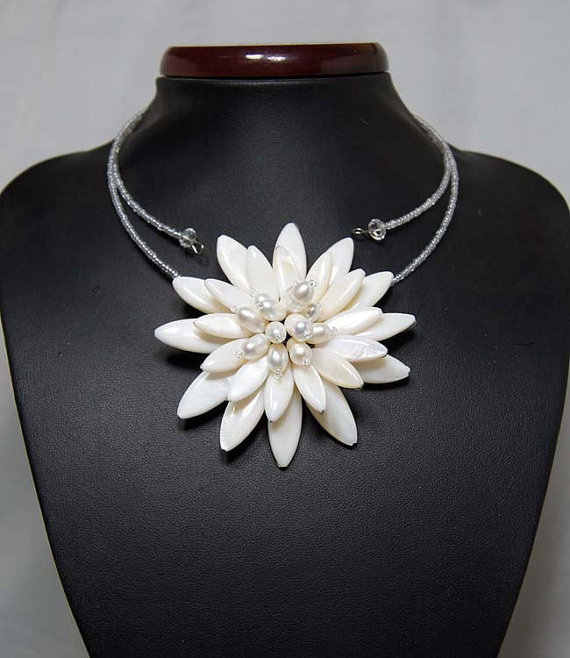 shell flower pearl beads chocker  necklace With MOP Shell