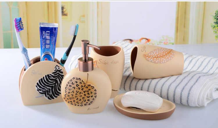 5 sztuk/zestaw europa Style pióro serii dostaw łazienka mycia zestaw kreatywny akcesoria łazienkowe z żywicy zestaw prezent ślubny