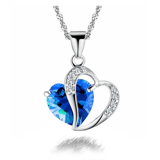 Trendy Heart Shape Crystal Pendant Necklace with Silver Chain