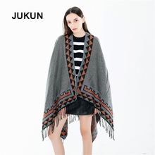 The new winter 2018 European and American fashion street selling foreign trade solid color chaddar warm scarf shawl