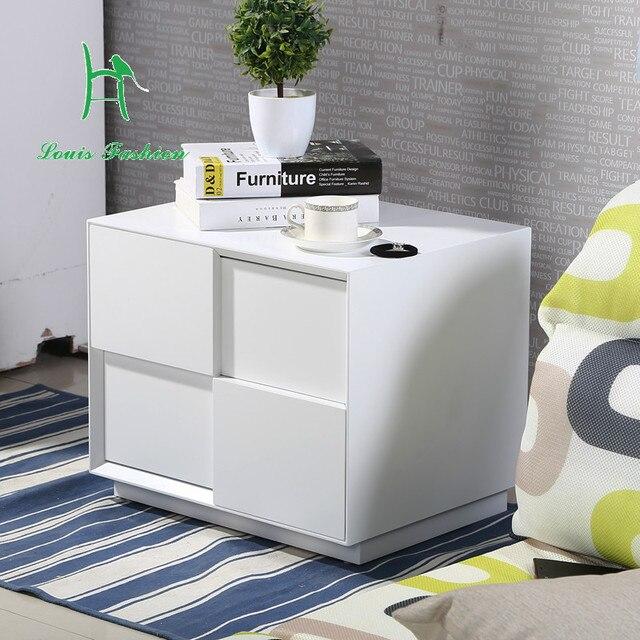 Vernice bianca semplice e moderno comodino camera da letto in legno ...
