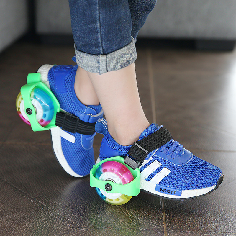 PU LED Shoes Wheels For Kids Full Flash Running Shoes 2 4 Wheels For Skating Sneakers Wheels Children Speed Skate Shoes Wheels kelme children white black smooth soccer shoes pu broken nail outdoor running sneakers k15s936