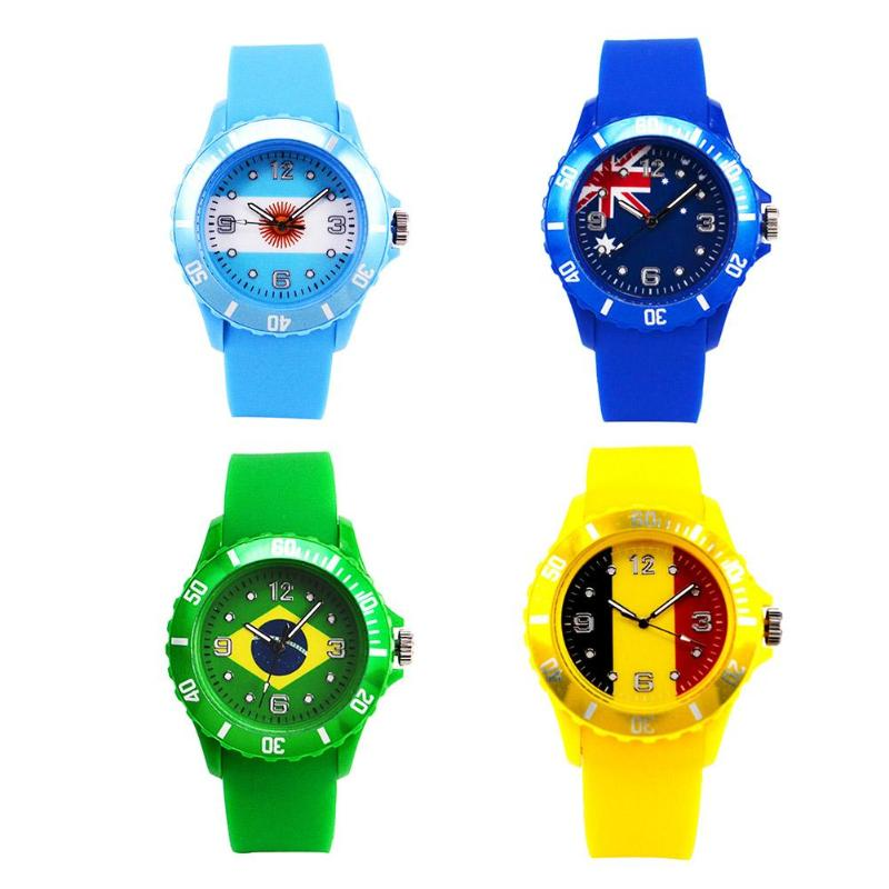 Fashion Ladies Watch Fashion Sports 2018 Football Flag Pattern Silicone Watches for Women Clock Relogio Feminino fashion people and american flag pattern 10cm width wacky tie for men
