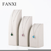 FANXI 3pieces/set cream white linen necklace holder jewelry display stand with arc shaped MDF insert for jewelry exhibition