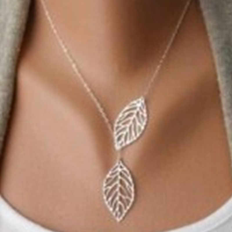 Novelty 2019 designer women's chain necklace fashion simple 2 leaf necklace chain suitable for women's office double leaf jewelr