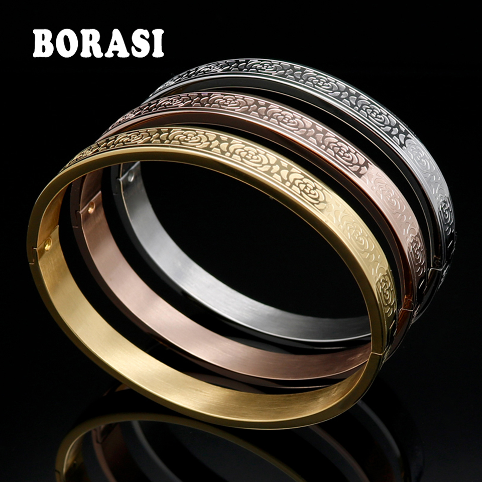 Rose Pattern Bangle Gold...