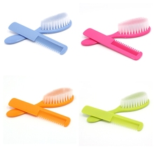 Soft 2Pcs Baby Safety Soft Hair Brush Set Infant Comb Grooming Shower Design Pack