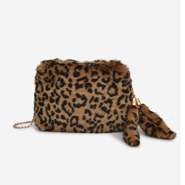 3ad165f17249 Faux Fur Shoulder Bag New 2018 Winter Leopard grain Crossbody Bag for Women  Tassel And Chain