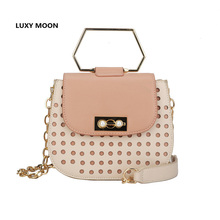 2019 new retro saddle bag three-dimensional  metal handle ladies handbag shoulder slung chain bag fashion wild crossbody bag