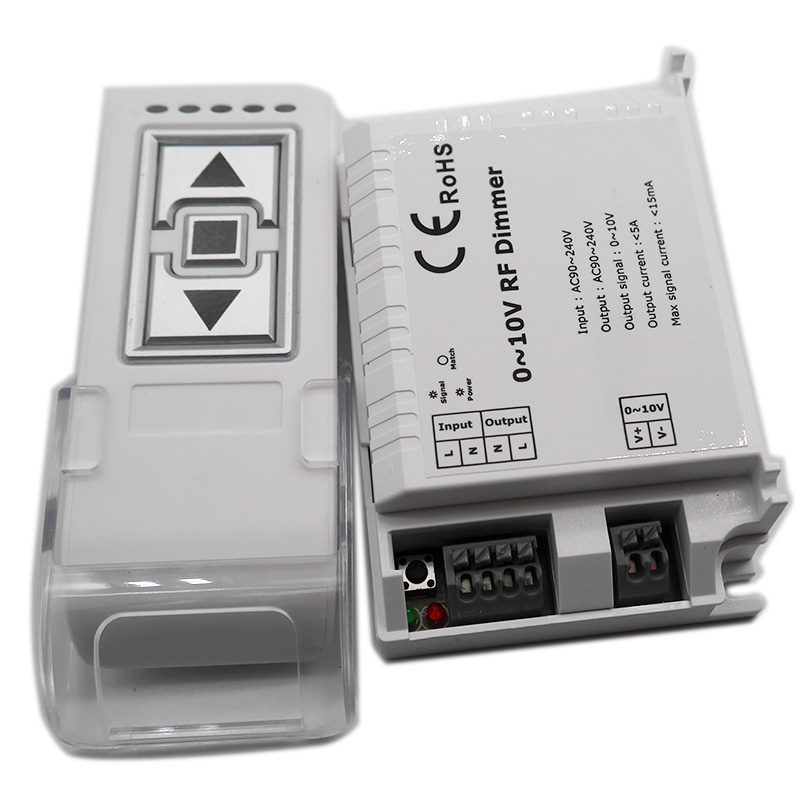 High Voltage AC110V 220V LED RF Dimmer DM015 1 Channel 0-10V 1CH Trailing Edge Dimming 3 Key with Remote Control