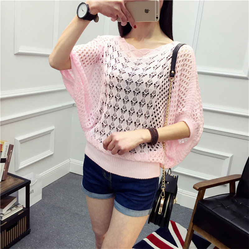 Short-sleeved pullover knitted sweater female spring and summer thin section of the blouse with a bat sleeve blouse sweater