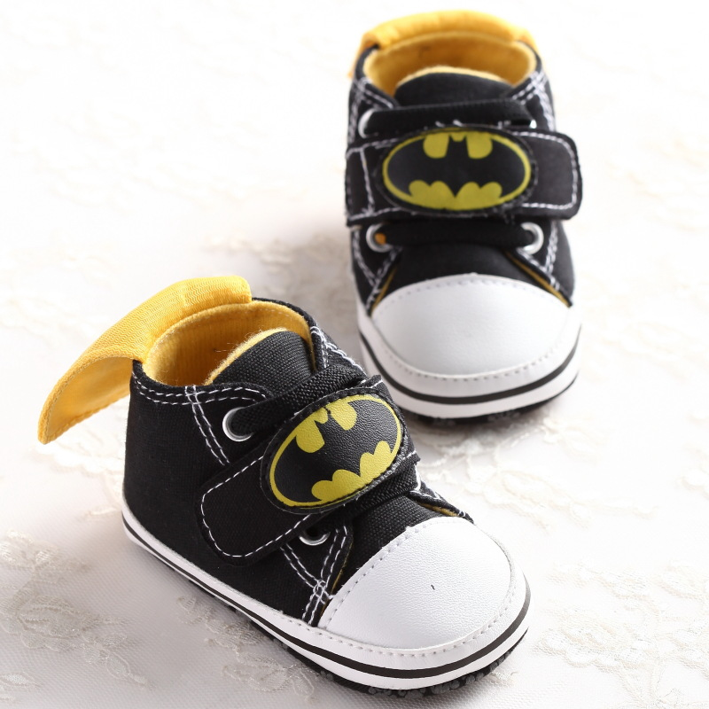 2017 New Fashion Cute Cartoon Batman Spring Autumn Infant Toddler Crib Babe Boy First Walkers Newborn Kids Shoes DS9