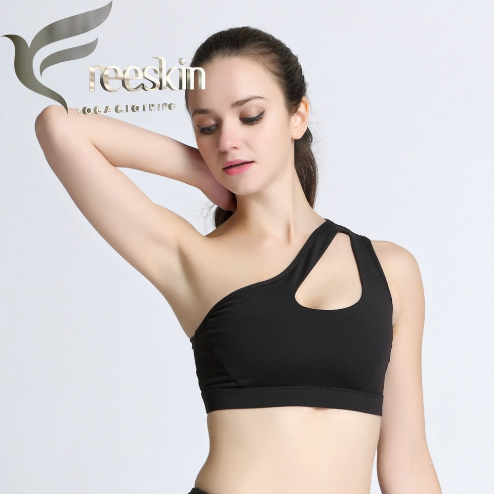 da9bb3964a5f0 2018 Free Skin Oblique Shoulder Strap Yoga Bra Women s Personality Sports  Bras Woman Running Fitness Bra Top clothes-in Sports Bras from Sports ...