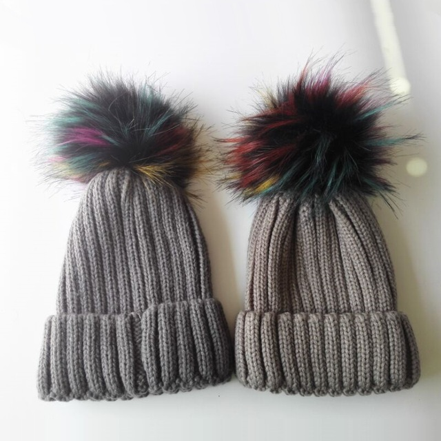 f2a476d768f KNB040B Wholesale 10pcs lot Winter Warm Beanies Knit Hat Women Slouchy 15cm  Rainbow Faux Fur