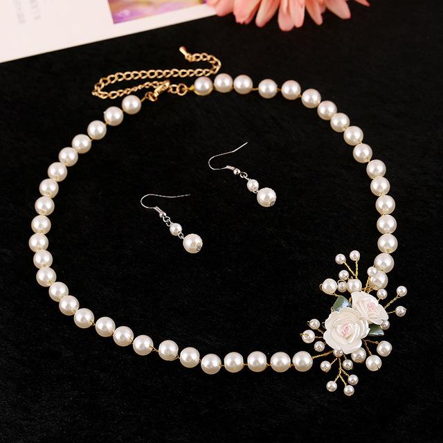 Novo e Elegante jóia da pérola do casamento Da Noiva lindos acessórios de noiva artesanal flor colar + brincos de Cristal conjunto de jóias