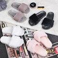 Бренд меховые ботинки женщина осень зима сандалии теплые меховые слайды черный/серый/белый/розовый флип-флоп дамы плоским пятки меховые тапочки