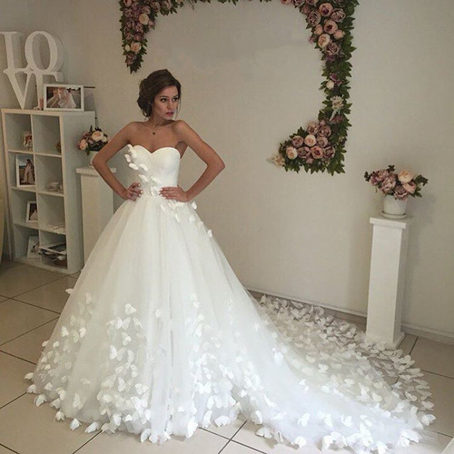 Unique Butterfly Wedding Dresses Ball Gowns 2017 Sweetheart Bridal ...