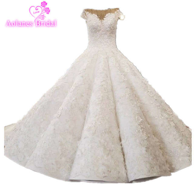AOLANES New Luxurious Lace Appliques Beaded V Neck Puffy Wedding Gown Champange Wedding Dress Wave Skirt 3D Flower Bridal Dress