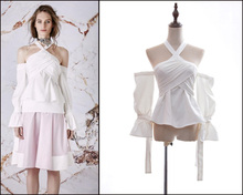 Australia 2017 brand new spring sleeve lace Strapless halter bra strap top female fold