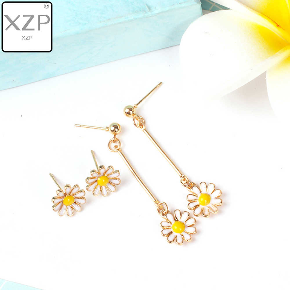 XZP Summer Cute Small Enamel Daisy Long Earrings Female For Woman Titanium Rose Gold Color Metal Jewelry Girls The Best Gift