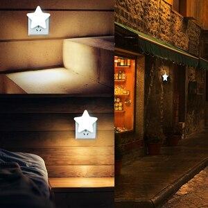 Image 3 - 4 di colore Mini Star HA CONDOTTO LA Luce di Notte Con La UE/Spina DEGLI STATI UNITI per il Buio della Notte Del Bambino Che Dorme Luce Lampade Da Comodino LED di Controllo del Sensore di Luce di Notte