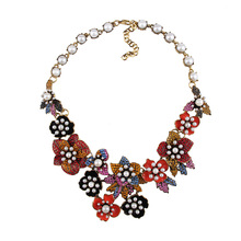 Luxury Multicolor Flowers Simulated Pearl Choker Necklaces Pendants Maxi Statement Jewelry for Women Wedding Gifts Wholesale
