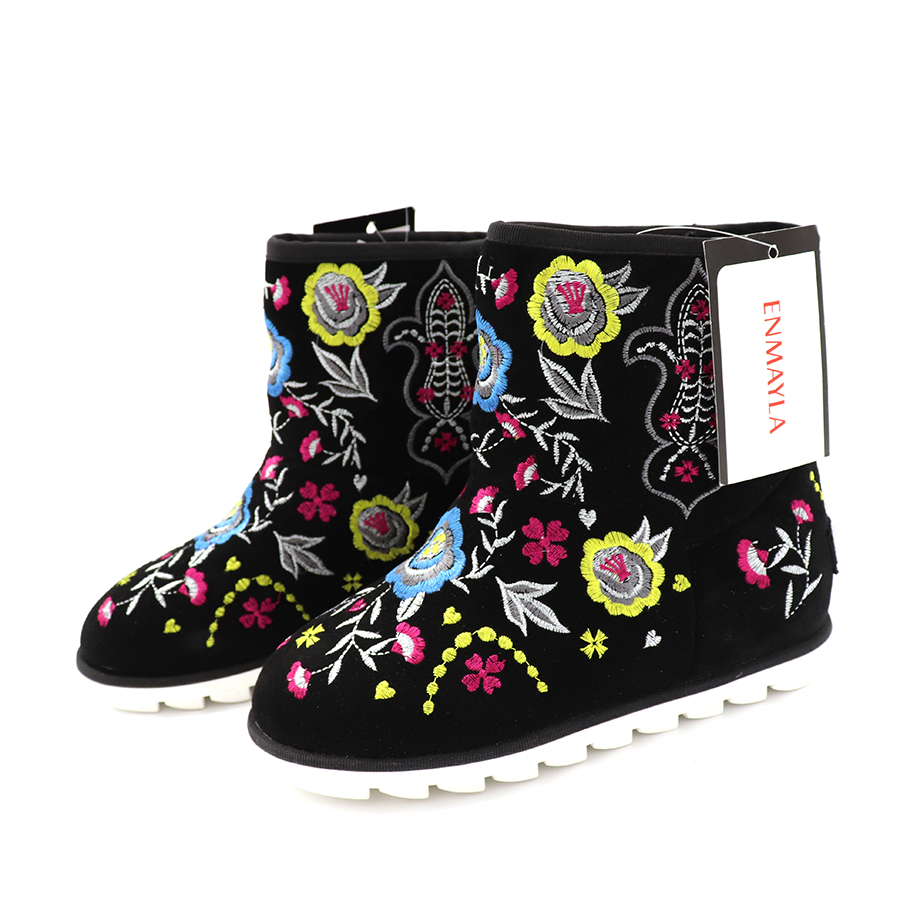 ENMAYLA Ethnic Winter Women Warm Fur Snow Boots Suede Floral Flats Ankle Boots For Women Embroidered Shoes Woman in Ankle Boots from Shoes