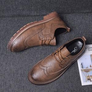 Image 5 - Herbst Neue Männer Martens Schuhe Brogue Casual Schuhe Männer Echtes Leder Schuhe Arbeit Business Casual Turnschuhe