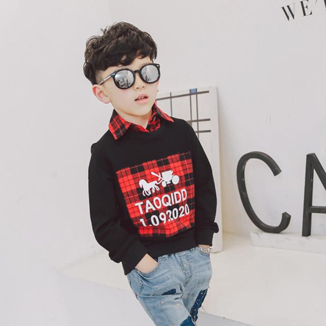 Versão coreana do 2017 nova primavera meninos das crianças falso dois-colarinho da camisa camisola camisa de base T shirt para o transporte livre