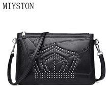 купить Fashion Rivet Handbags For Women Messenger Bag Black Leather Wedding Clutches Ladies Party Purse Designer Crossbody Shoulder Bag дешево