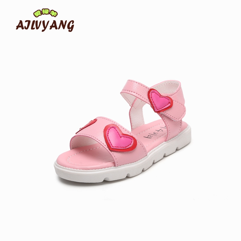 Girls Summer Sandals Childrens Princess Soft Bottom Shoes Kids Beach Lovely Heart-shaped Students Sandals Girls Flats Footwear