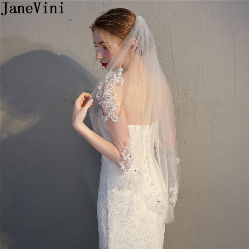 JaneVini 2018 Lace Applique Wedding Veil With Comb White Ivory Beaded Cut Edge Bridal Veils Short Tulle Veil for Bride Accessory