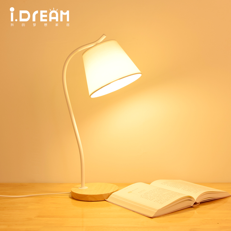 IDERAN wood table base retro room desk decorative lamp shades for table lamp  bedroom classic office antique light candle  table modern bedside table lamp wood base boy girl desk lamp novelty table light for living room bedroom decor lamparas de escritorio