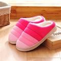 Amantes Zapatillas de casa Zapatillas Precio Al Por Mayor Pantufas Mujeres Hombres Invierno Cálido Algodón Zapatos de Tela Zapatillas de Piso Interior Del Hogar