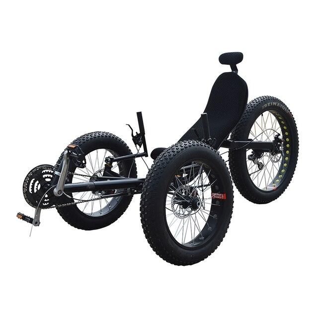 Три колеса с толстыми покрышками лежачий трехколесного велосипеда