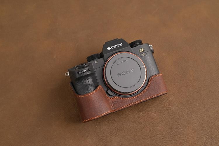 AYdgcam Brand Genuine Leather Camera Case Handmade Bag Camera Half Body Cover For A7R III A7III A9 A7R Mark III