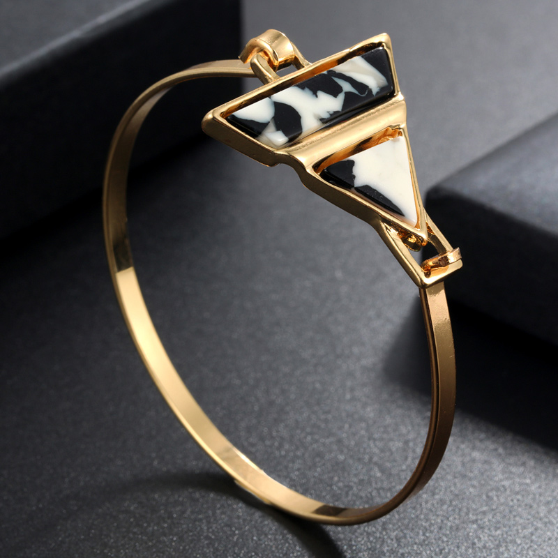 2019 Gold Manschette Armbänder Und Armreifen Mode Frauen Geometrische Essigsäure Acryl Stein Charme Armband Sommer Gold Schmuck Zubehör