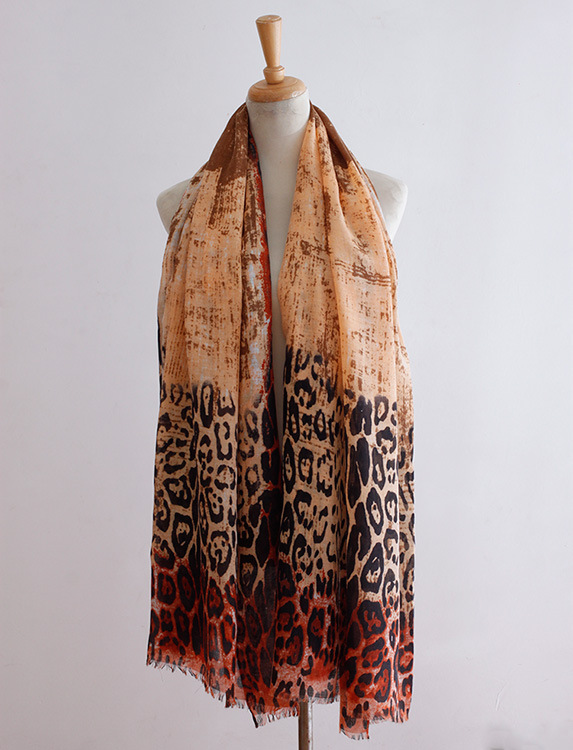 Tie-dye leopard classic long pattern of thin scarves Ms. Spring and Autumn decorated with white shawl